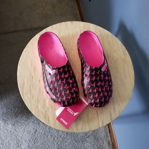 Crocs Susan Komen Breast Cancer